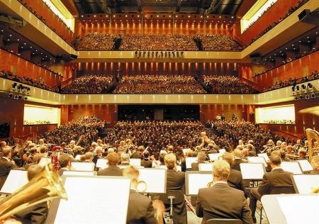 Театрально-концертный зал Фестшпильхаус (Festspielhaus) - зал