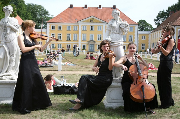 фестиваль в Шлезвиг-Гольштейне