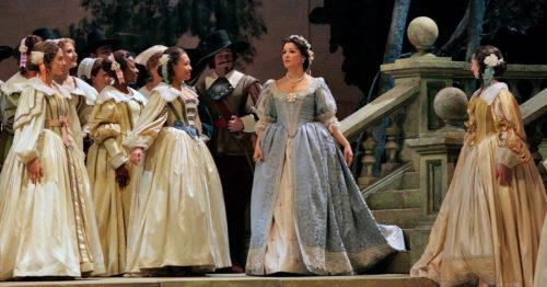 Анна Нетребко в опере Пуритане