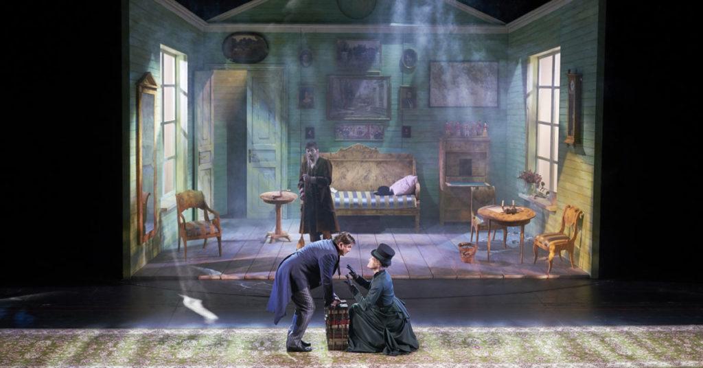 «Маленькие вечера» – творческие онлайн-встречи с артистами театра имени Маяковского