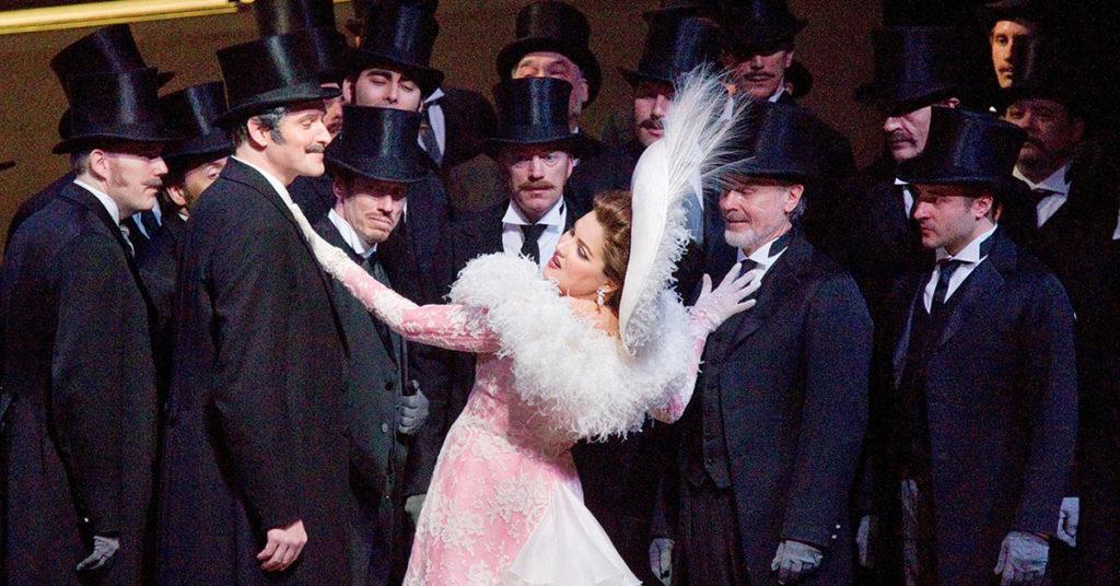 Анна Нетребко в опере Манон