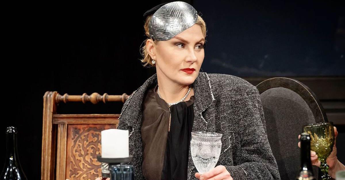 Рената Литвинова в спектакле Северный ветер, МХТ им. Чехова