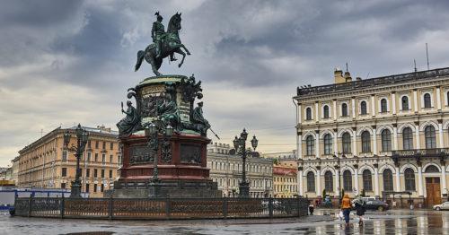 Санкт-Петербург в мае