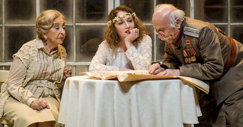 Спектакль «Три сестры», Совместная постановка театра «Габима» и театра «Камери»