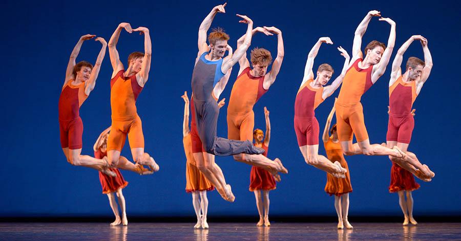 Вечер одноактных балетов в Мариинском театре – «Concerto DSCH / В ночи / Симфония до мажор»